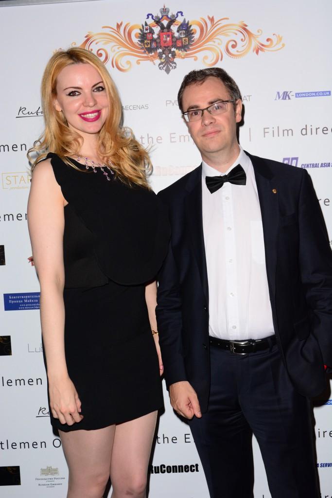 Элиза Извекова, Константин Шлыков (руководитель пресс-группы Российского посольства в Великобритании)
