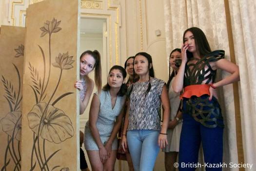 Показ коллекций казахских дизайнеров в Лондоне