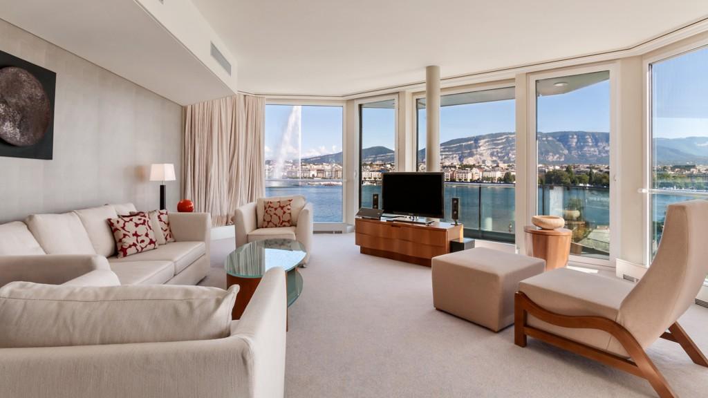 Print_Presidential-Suite-Living-Room-2012