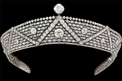 Выставка украшений Cartier