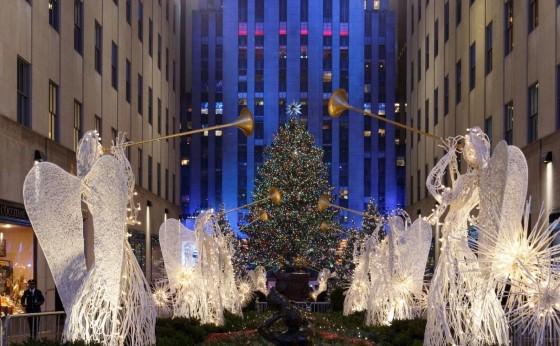 Рождественская елка в Рокфеллер-центре.