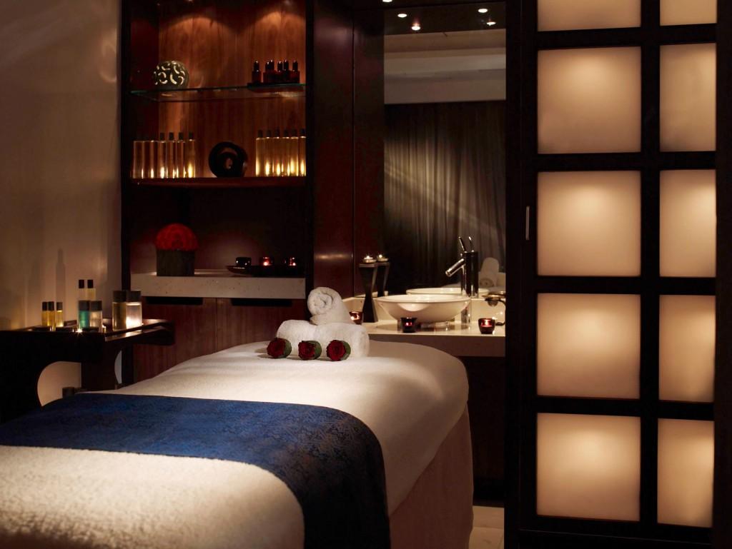 Small-treatment-room