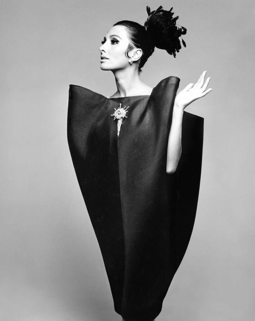 Alberta_Tiburzi_in_envelope_dress_by_Cristóbal_Balenciaga_Harpers_Bazaar_June_1967__Hiro_1967