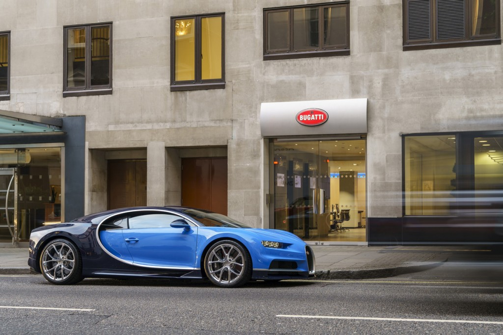 csm_02_First_Chiron_customer_car_UK_2e662e7b1a
