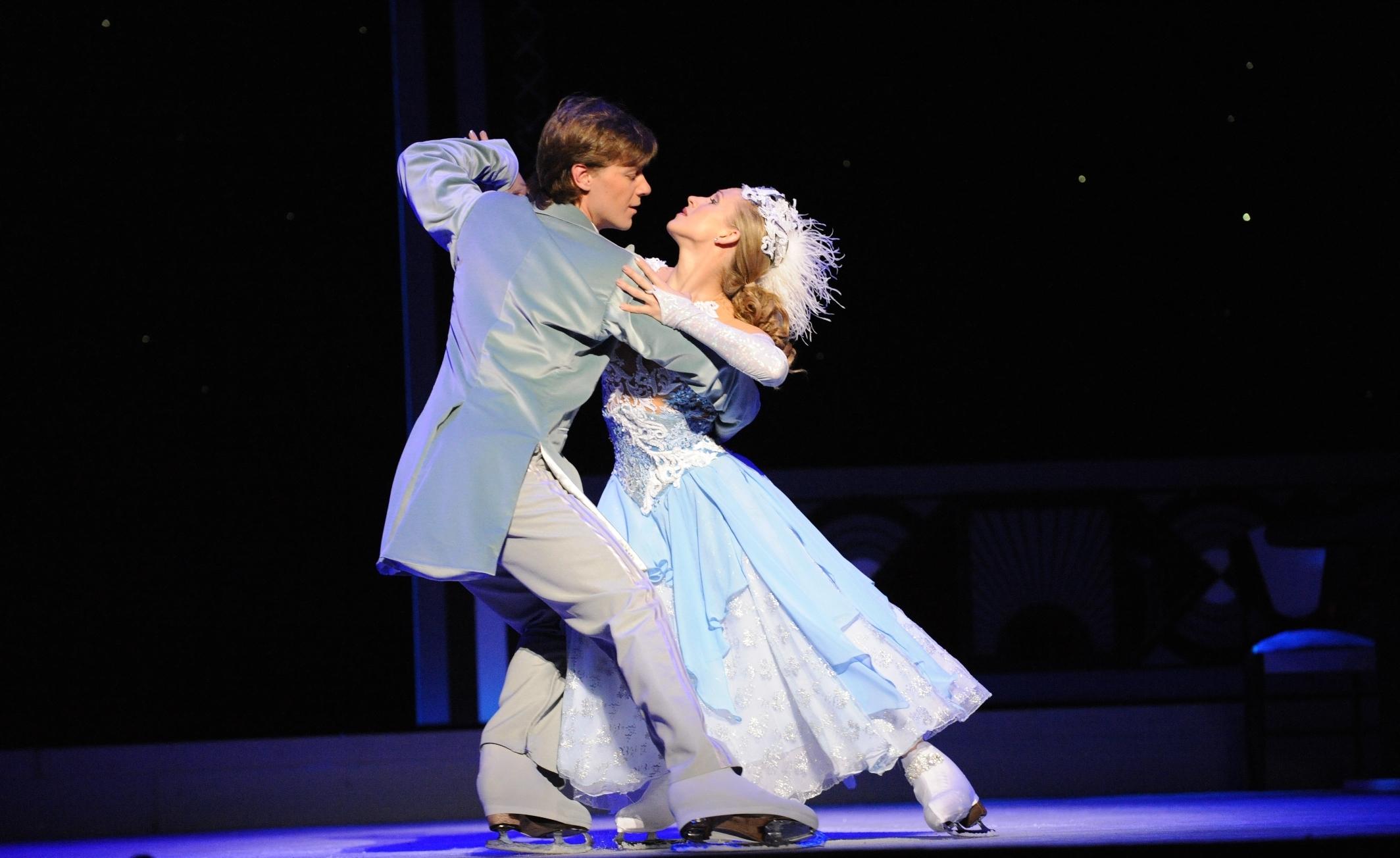 Cinderella on Ice - Couple