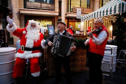 Novikov и его рождественская ярмарка