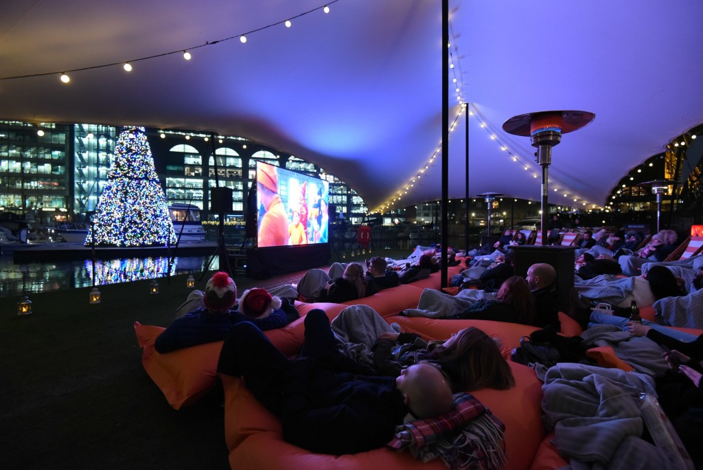 7 christmas floating film festival