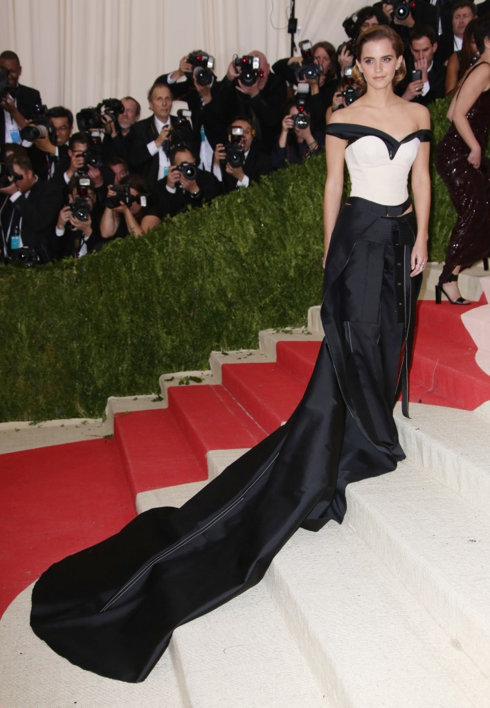 Mandatory Credit: Photo by Matt Baron/REX/Shutterstock (5669093zq) Emma Watson The Metropolitan Museum of Art's COSTUME INSTITUTE Benefit Celebrating the Opening of Manus x Machina: Fashion in an Age of Technology, Arrivals, The Metropolitan Museum of Art, NYC, New York, America - 02 May 2016 WEARING CALVIN KLEIN