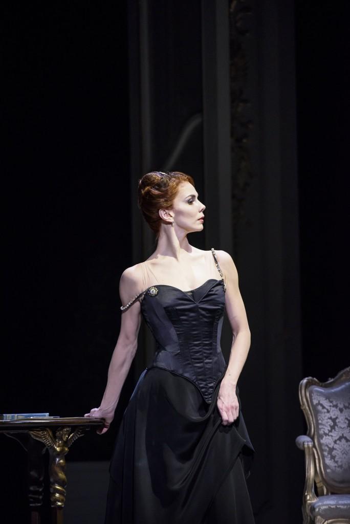 Strapless_The Royal Ballet; Amelie Gautreau ; Natalia Osipova, John Singer Sargent; Edward Watson, Doctor Pozzi; Federico Bonelli,
