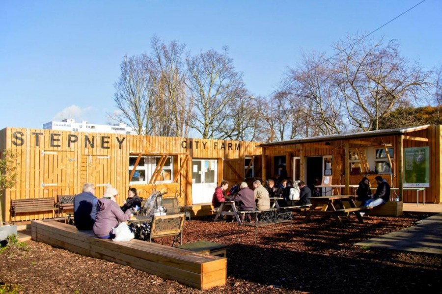 stepney-city-farm-cafe1