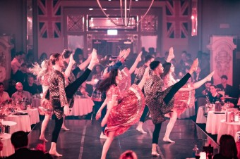 "Кабаре-шоу ""Королева роз"" в Лондоне"