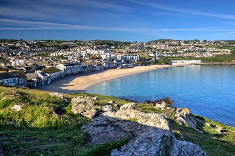 Восемь красивых пляжей Великобритании
