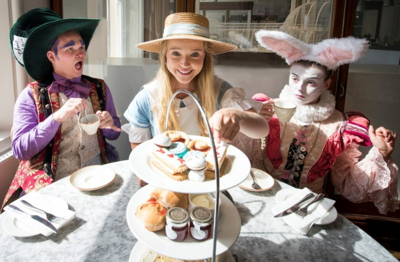 Alice-in-Wonderland-Afternoon-Tea-1024x671