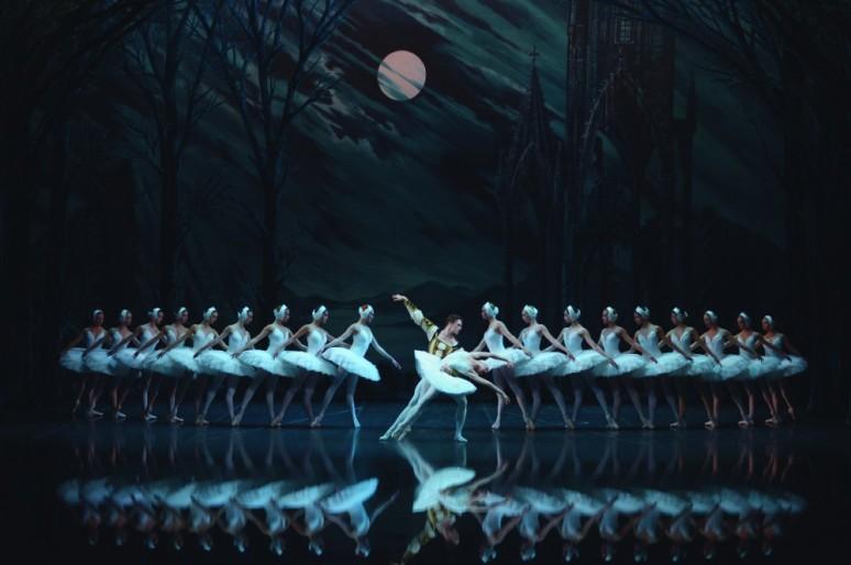 Лондонский зритель вновь увидит русское «Лебединое озеро»