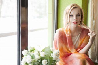 Подарки ко Дню Матери: элегантные шарфы