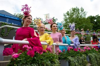 Как выбрать шляпку для Королевских скачек в Аскоте. Советы Анны Гилдер