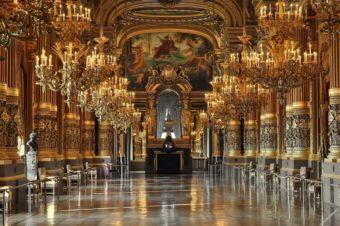 Виртуальные туры по королевским дворцам