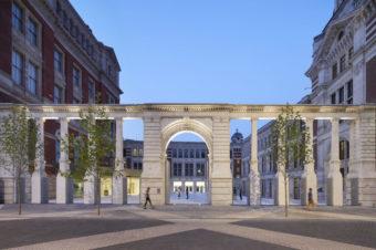 Музей Виктории и Альберта готовится к открытию
