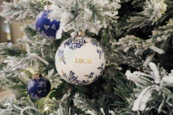 """Рождественские праздники  в отеле """"Астория"""": ёлка Dior, изысканная кухня, сладкие подарки"""