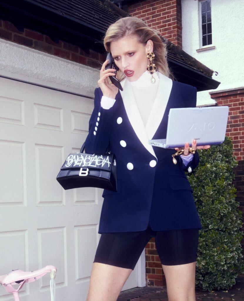 Лара Стоун в одежде Selfridges Rental