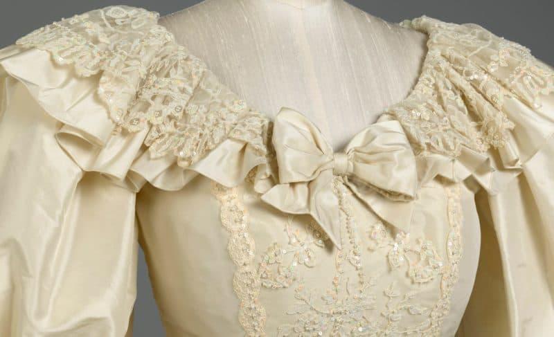детали свадебного платья принцессы Дианы