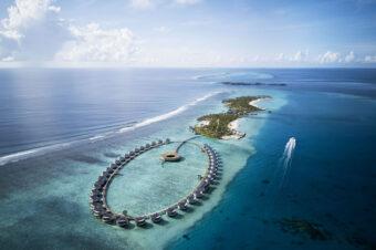 Для тех, кто может путешествовать: отель The Ritz-Carlton, Мальдивы